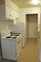 Windsor 2 Bedroom Apartment for Rent: Students, walk to campus!