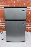 Réfrigérateur compact inox Danby (3.1 pi. cube / 88 litres)