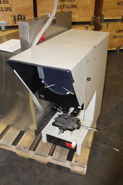 GAGE MASTER OPTICAL COMPARATOR MODEL 43 SEIES 40