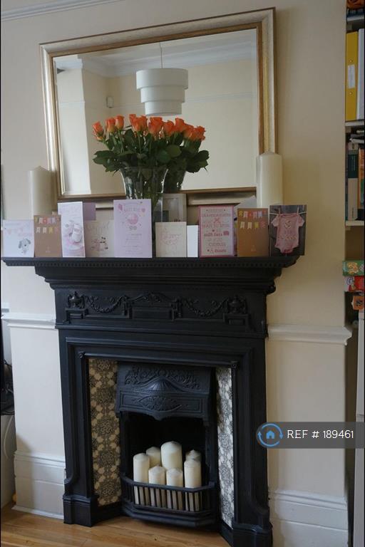 2 bedroom flat in Sangora Road, London, SW11 (2 bed)