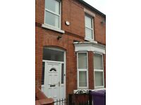 2 Rooms Available in Houseshare - Cranborne Road