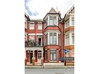 1 bedroom flat in Elms Avenue, Eastbourne, BN21 (1 bed) (#924621)