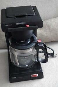 Like new, Phillips 12 cup coffee maker and filter