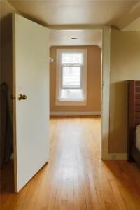 Great Starter Apartment Steps to the Welland Canal
