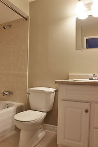 Secure, controlled entry 2 Bedroom Kingston Apartment for Rent Kingston Kingston Area image 2