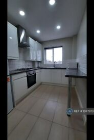 2 bedroom flat in Danes Gate, Harrow, HA1 (2 bed) (#1047973)