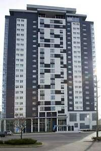 Fully Furnished Luxury Student Living with Ensuite Going FAST!