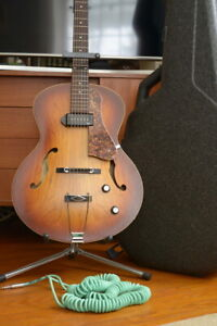 Godin 5th Avenue Guitar with Case, strap and Bullet Cable!