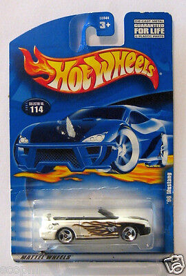 1996 Ford Mustang Convertible, Hot Wheels White '96 Mustang, New on Card