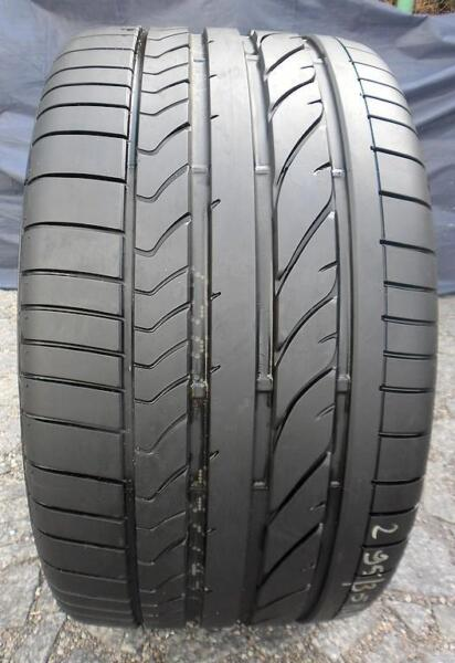 Letnia BRIDGESTONE POTENZA RE050A 295/35/18 1szt 1x7,8mm