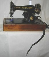 Bentwood Case Singer 99-13 Sewing Machine Knee Bar-Attachments