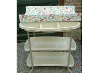 M&P baby changing table