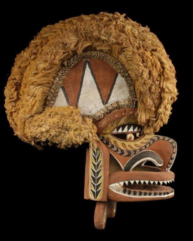Malagan mask, Tatanua, New Ireland, Papua New Guinea