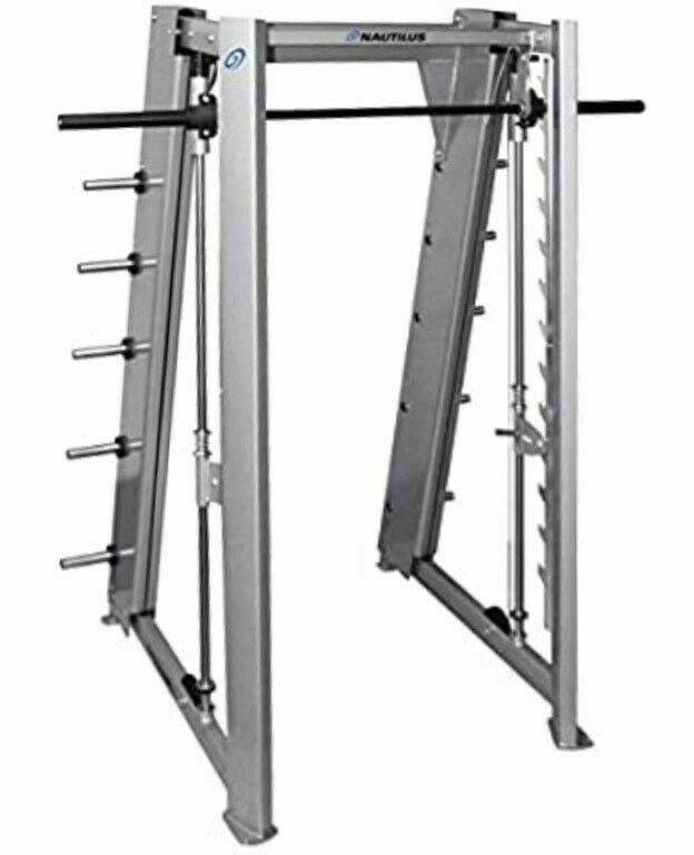 Smith machine Nautilus  Excellent condition, normal use.free shipping
