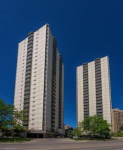 Well Updated Downtown Condo With Underground Parking! 2063698