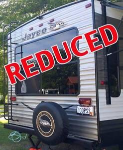 "2016 Jayco Caravan NEW ultra-light ""price reduced"" Labrador Gold Coast City Preview"
