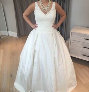 Brand new Paloma Blanca Wedding dress size 8