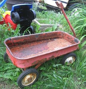 Old Metal Garden Cart, very rusty, but fully functional