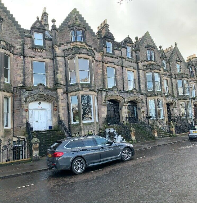 4 bedroom flat in Bruntsfield Crescent, Bruntsfield ...