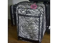 Zebra Print Large Travel Suitcase - 4 Wheels Spinner Style - Second Hand Good Condition