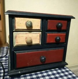 Small wooden jewellery chest of drawers