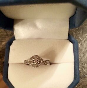 Stirling silver ring size 8