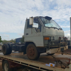 Wrecking 1990 Toyota Dyna 200 (Stock #T0890) Mareeba Tablelands Preview