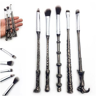 STORYBOOK COSMETICS HARRY POTTER WIZARD WAND MAKEUP BRUSH SET LIMITED EDITION