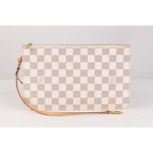 Louis Vuitton Neverfull Zippered Clutch Authentic
