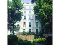 1 bedroom flat in Colville Square, London, W11 (1 bed)