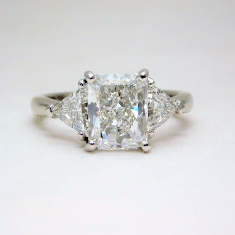 GIA Certified Diamond Engagement 3 Stone Ring Cushion cut 2 carat 14K Gold