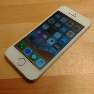 Factory Unlocked - iPhone 5s - 32GB