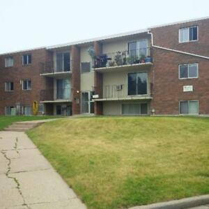 2 Bedroom - $150/month off rent! $200 Super Store Gift Card!...