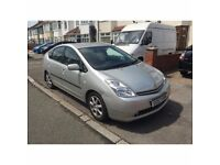 Immaculate Silver Toyota Prius Petrol/Hybrid Automatic £10 Road Tax