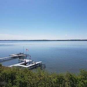NEW !Summer FUN! Lakefront on Sylvan Lake