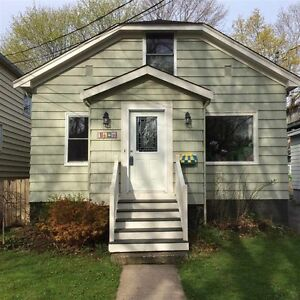 3 bedroom house plus recroom near LeMarchant School and Dal