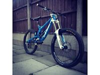 Transition tr450 downhill mountain bike (CHEAP!!! Just needs bearings)