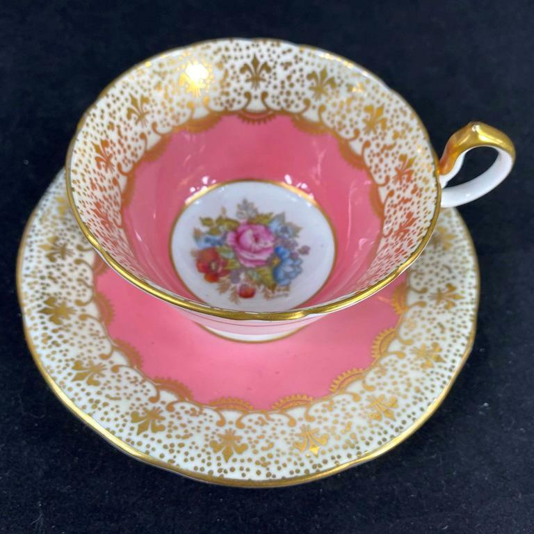 Vintage Aynsley J.A. BAILEY Rose Bouquet Heavy Gold Filigree Cup Saucer C991