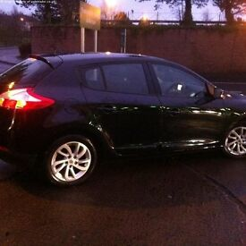 One Owner - Low Mileage - Excellent like a new - 2014 Megane