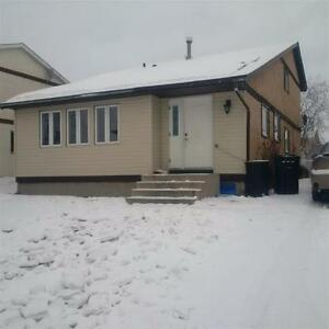 1 and Half Storey in Drayton Valley