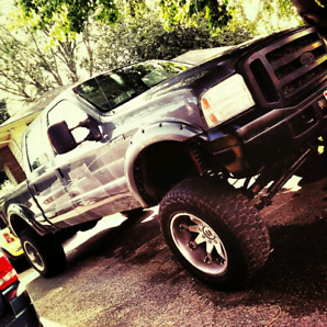4x4 Diesel Bulletproofed 200k kms Lifted with Rims all Aftermrkt