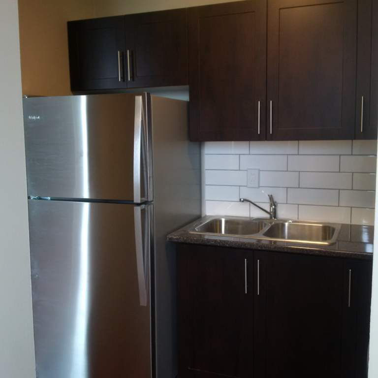 Beautiful Newly Renovated Units!