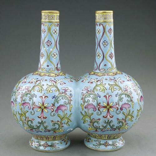 CHINESE FAMILLE ROSE DOUBLE VASE