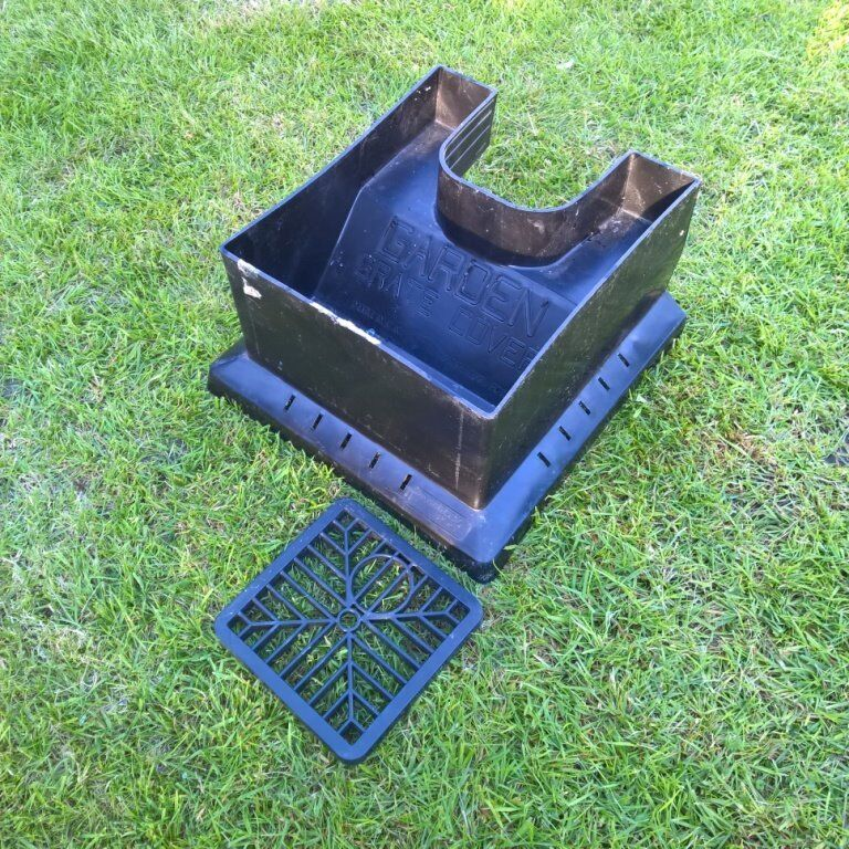 Ordinaire Garden Planter Plant Pot Fits Around Downpipes Hides Drain
