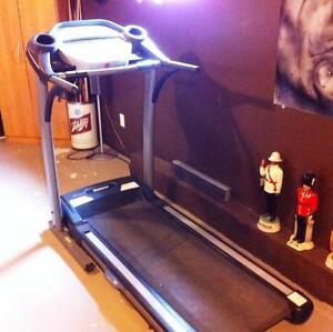 Treadmill running machine tempo 621T