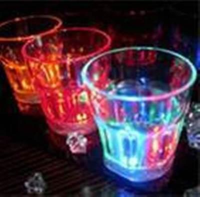 Led Drinkware (48 pcs Multicolors Flashing LED Light Fancy Shot Glasses Drinkware Party)