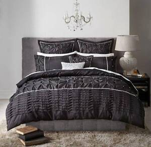 QUILT COVER QUEENSIZE BLACK Meadow Springs Mandurah Area Preview