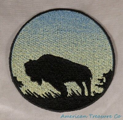 Embroidered Buffalo Bison Sunrise Silhouette Ombre Circle Patch Iron On Sew USA ()