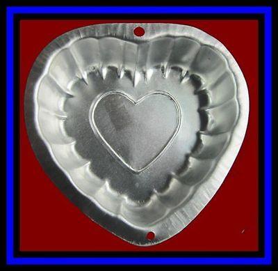 Wilton ***FANCY HEART***  Singles Cake Pan