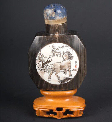 China 20. Jh. - A Chinese Horn & Bone Snuff bottle - Tabatiere Chinois Cinese